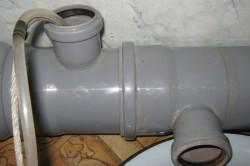 Пропускание горячей воды при замерзании канализации