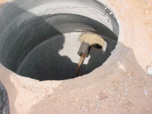Строительство дренажного колодца под силу и своими руками