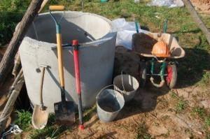 Инструменты для копки колодца