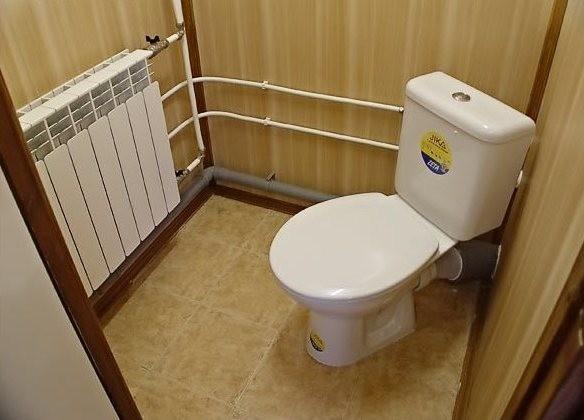Разводка труб в туалетной комнате