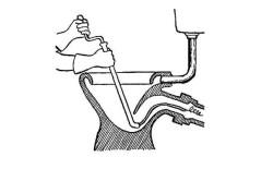 Схема прочистки засора тросом