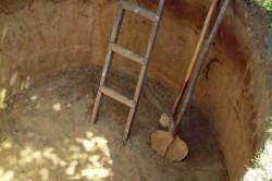 Инструменты для строительства выгребной ямы